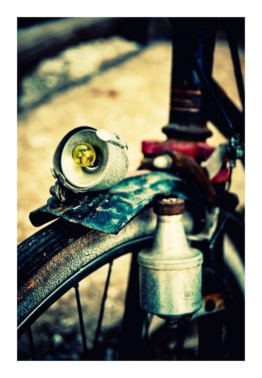 La bicyclette bleue... et rouge