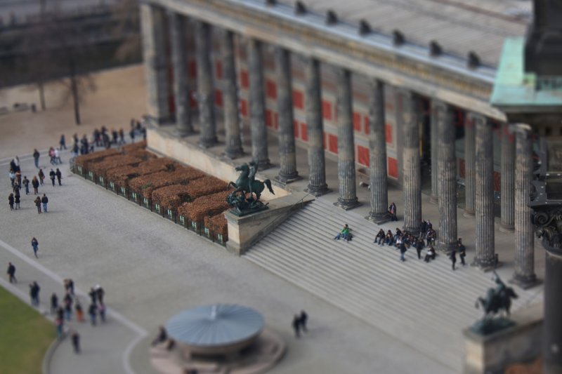 A tilt-shift I did of a shot from Berlin.