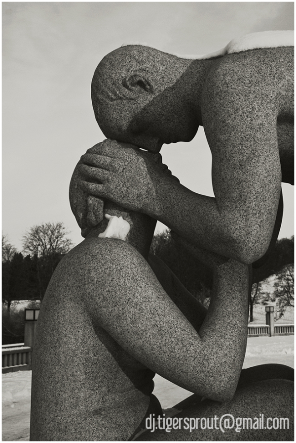 Young Couple Bliss, Vigeland Sculpture Park, Oslo