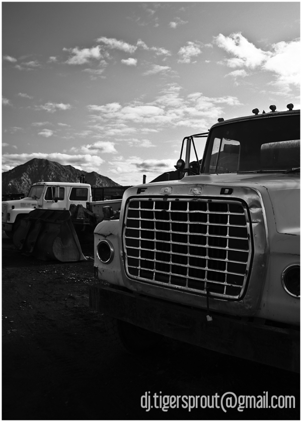 Old Truck Yard, Anaktuvak Pass, Arctic Circle