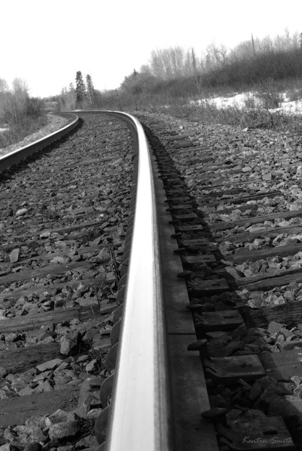 B&W Tracks