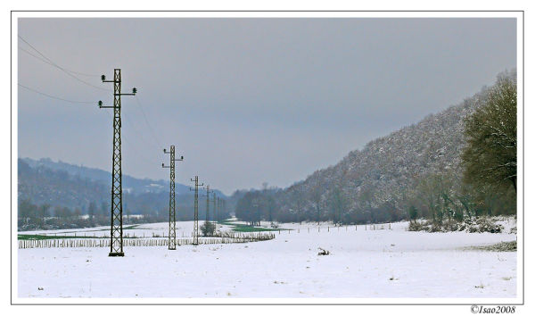 Les poteaux et la neige