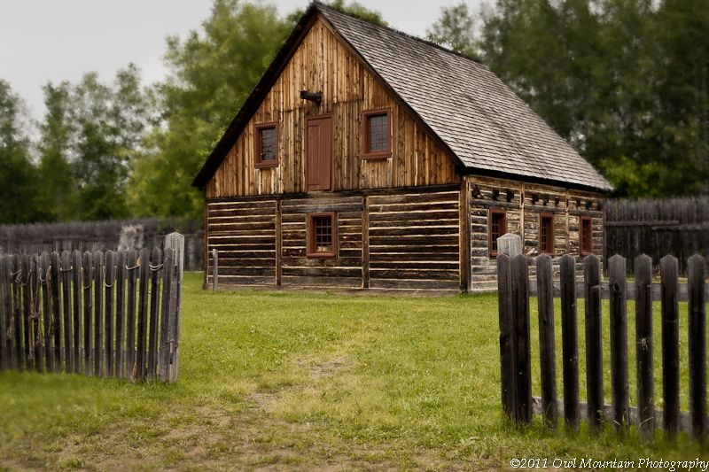 old wooden house common to fur trading post