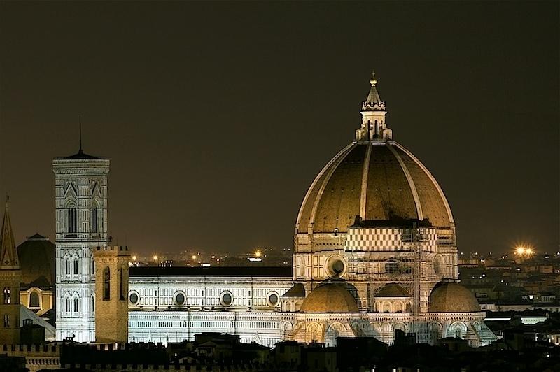 basilica di santa maria del fiore at night