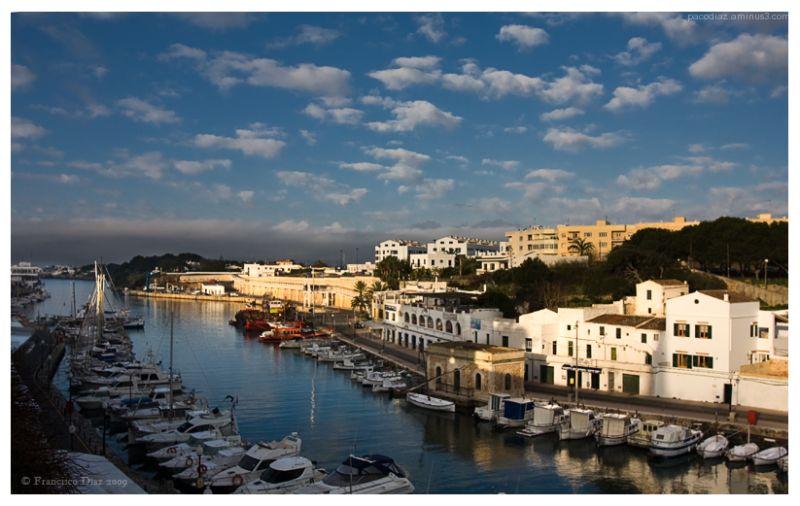 Puerto de Ciutadella, primeras horas