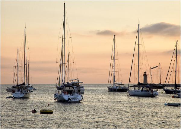 Atardecer en el puerto de Andratx