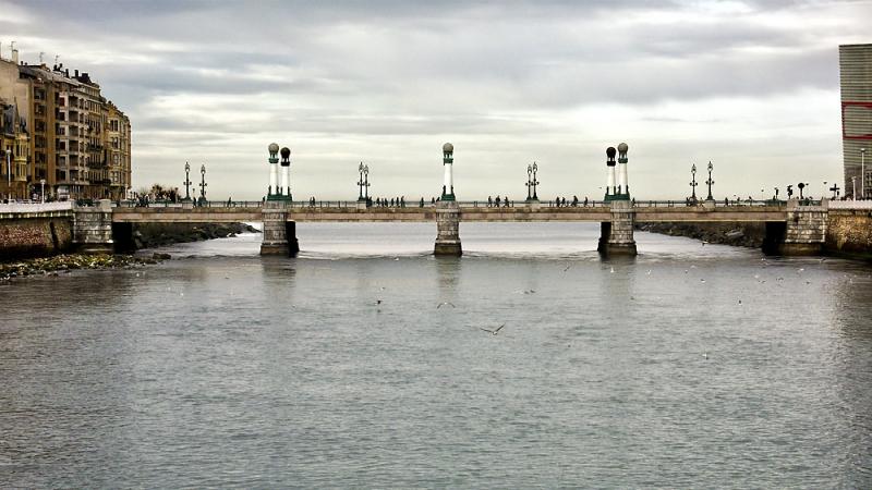 Puente del Kursaal