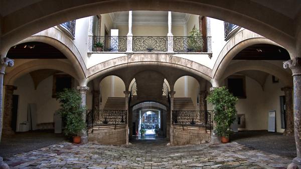 Patio del palacio Morell