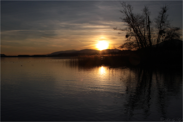 Sunset on the Neuchâtel Lake