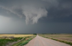 Rotating wall cloud - Storm Chase 2005