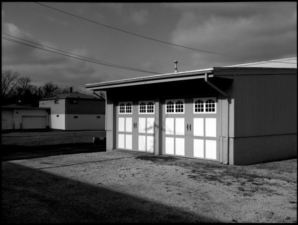 neighborhood/garage - merriam, ks - b&w photo