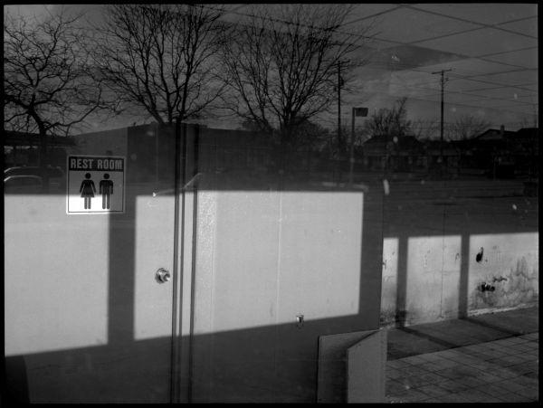 abandoned gas station, kansas, rest room sign