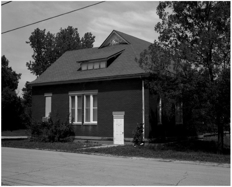 brick house in beverly, missouri - b&w photo