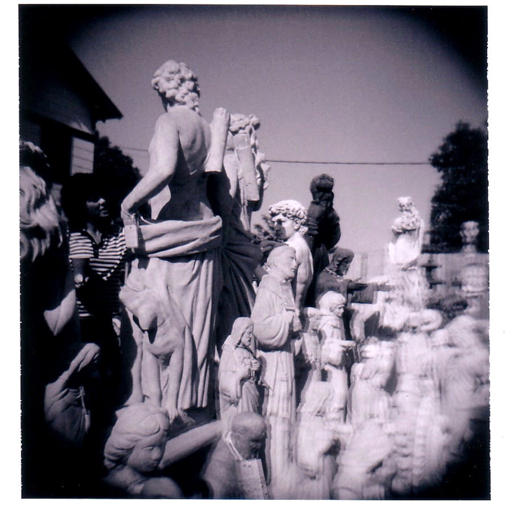 garden statues - grant edwards photography