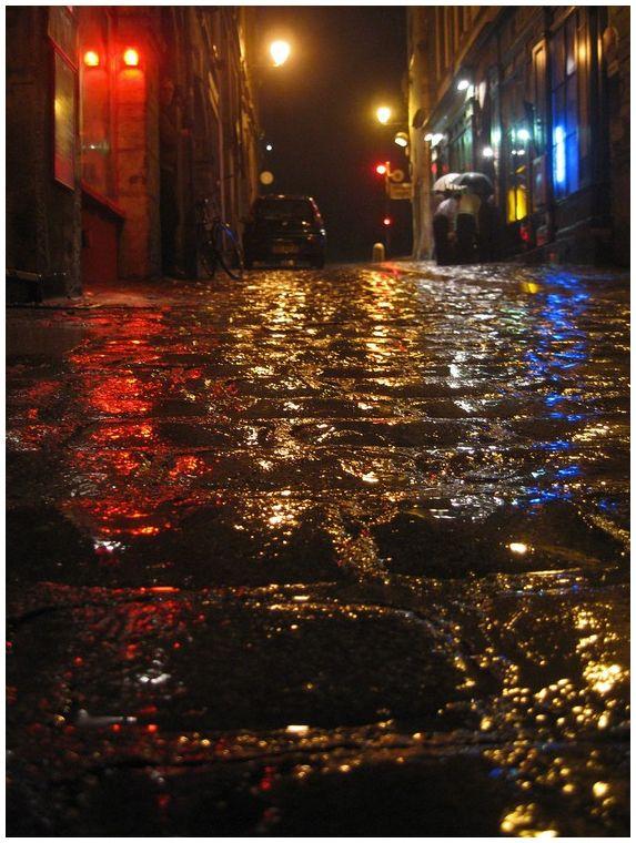 Lyon night rain