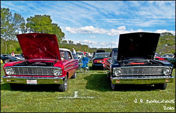 The Fairlane Twins