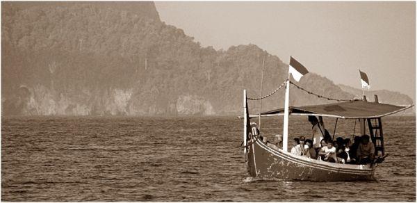 Sailling