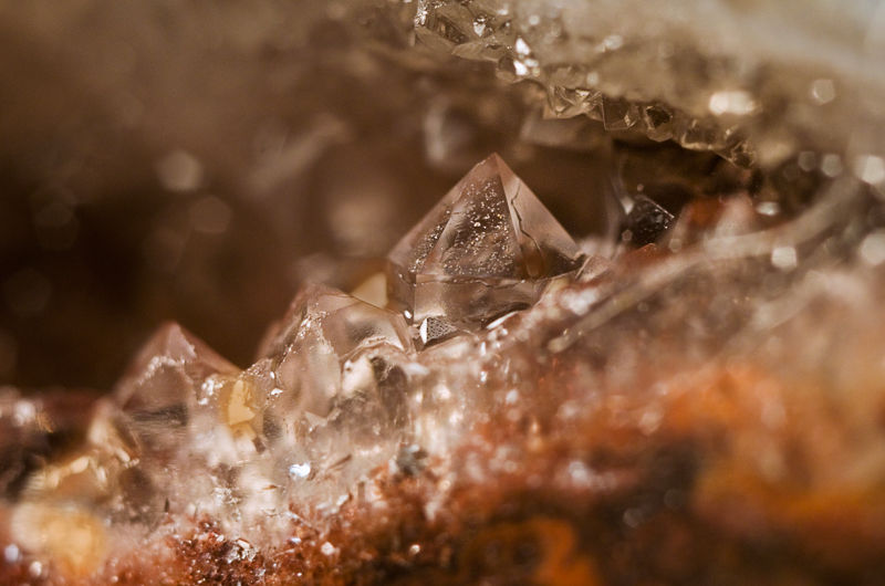 close up macro quartz crystal mineral raw gemstone