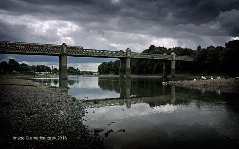 Kew Railway Bridge 2/3