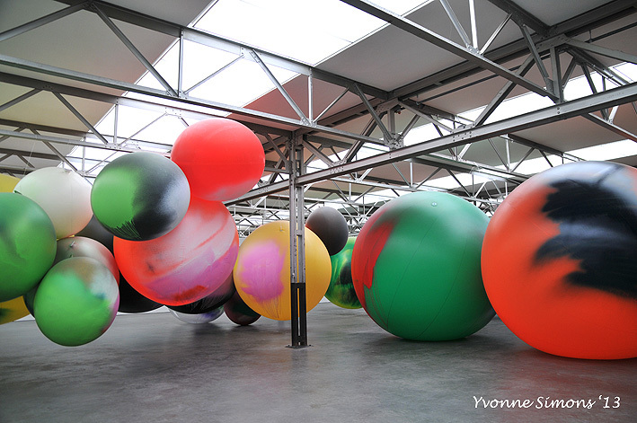 Big balloons I