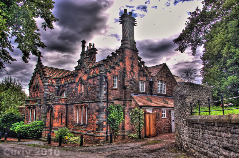 The Red House, Whitburn