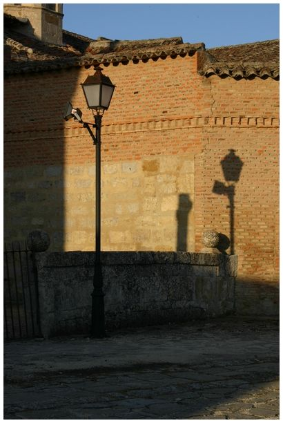the light has the shadow too