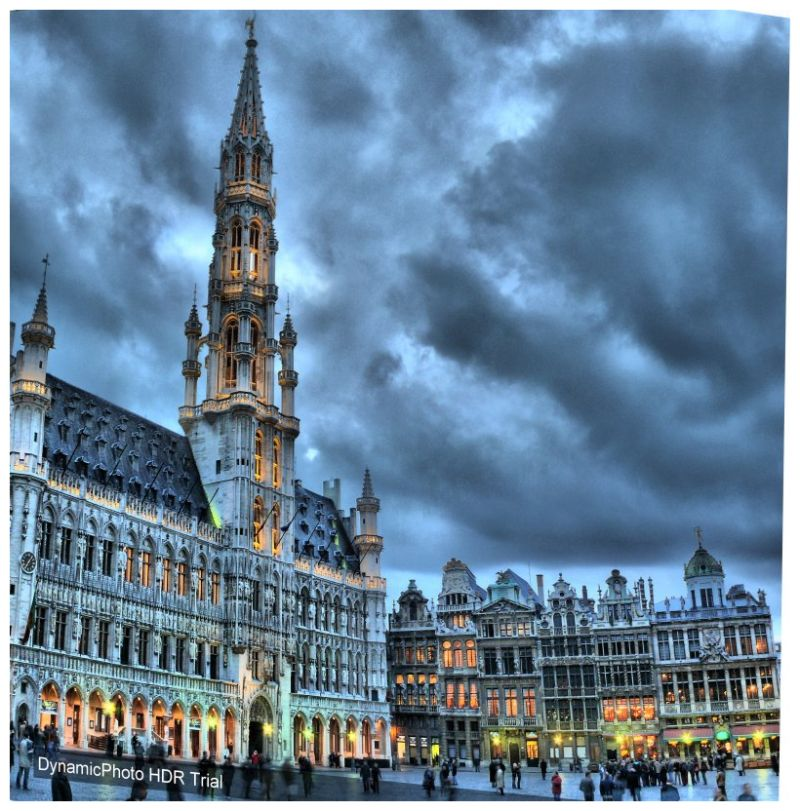 HDR . Grand-Place BRUSSELS