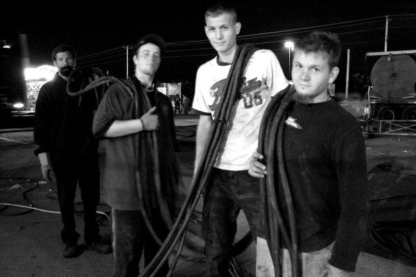 Tear Down: Electrical Crew 2006