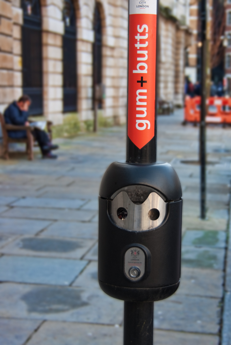 Smoke receptacle in London