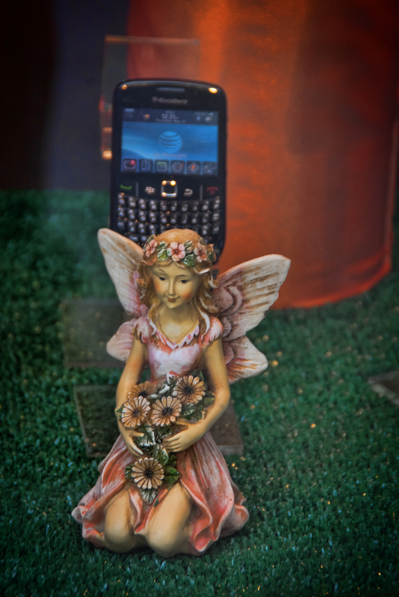 An angel and a blackberry