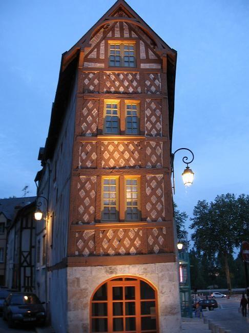 maison à colombages sur Orléans charpenterie