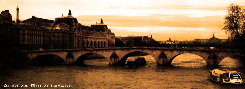 Silhouette of Paris