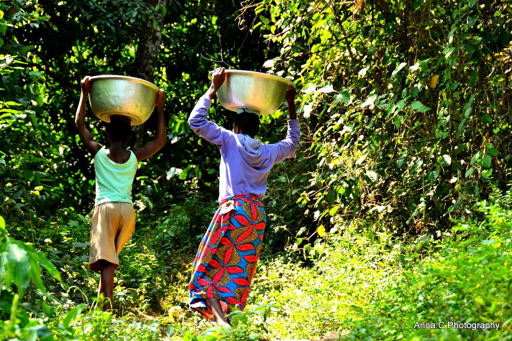 Les porteuses d'eau de Kpalimé