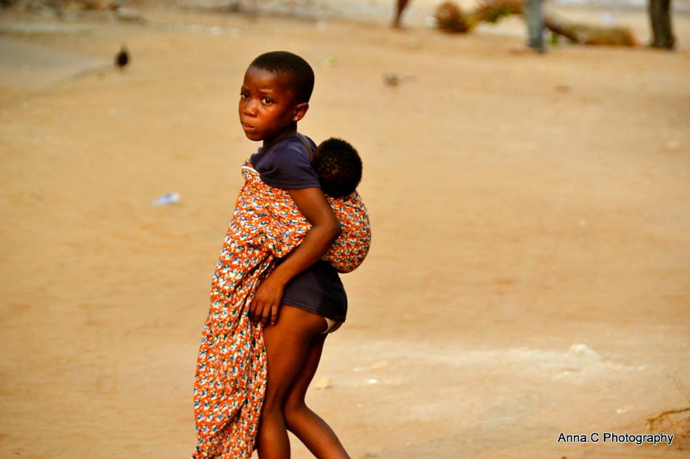 les enfants de Baguida # 3 - la grande soeur