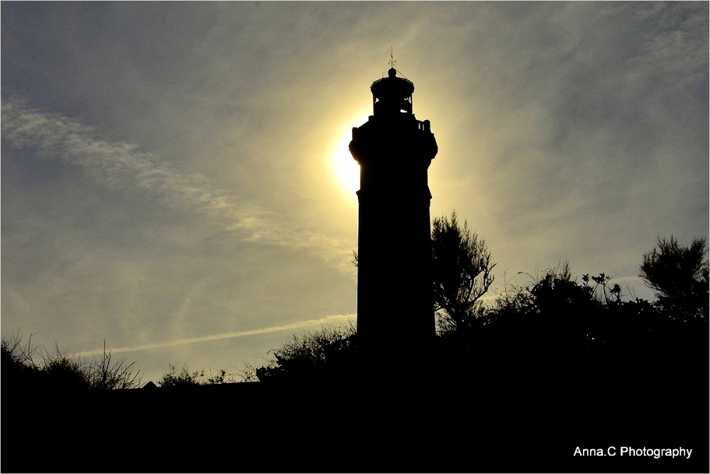 """ sunlighthouse """
