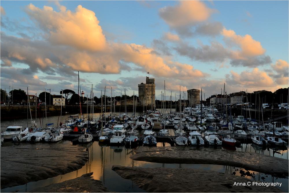 Lumière du soir sur La Rochelle