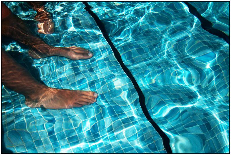 aigua peus piscina remull estiu menorca