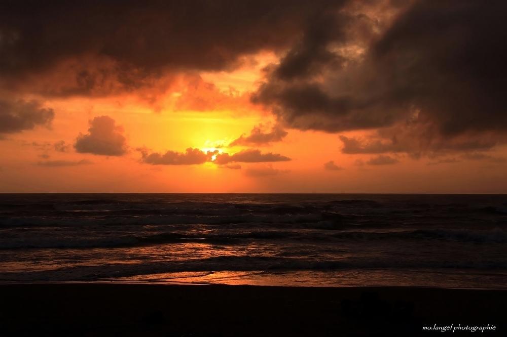 Le jour se lève sur la mer des Caraïbes
