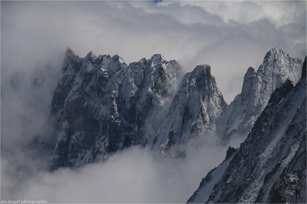 Flottant dans les nuages