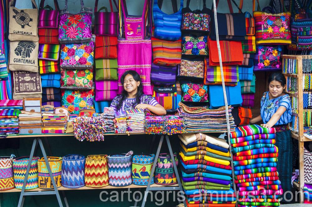 Vendedoras en santiago de Atitlan