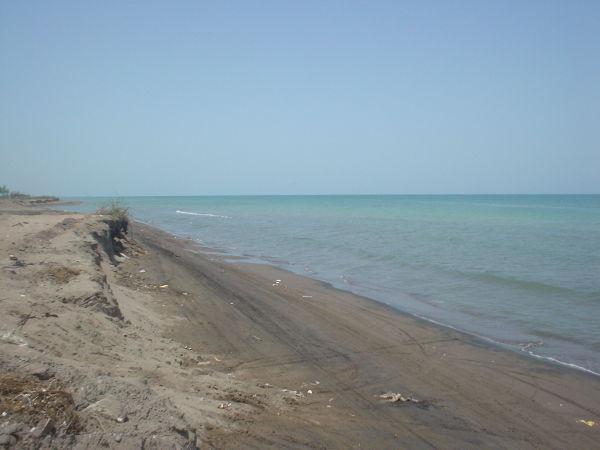 لب دریا :ساحل دستک ،لاهیجان ،رشت،ایران