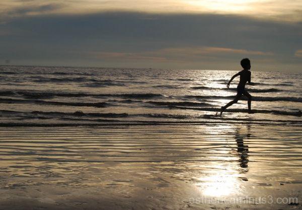 beach tanjung aru