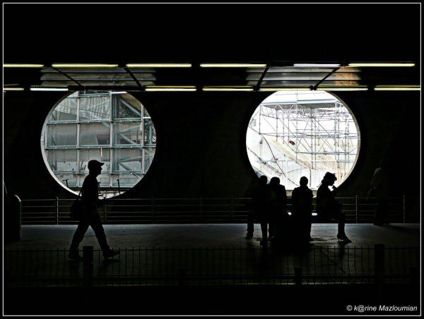 Un peu de lumière sur les flancs du tunnel ?