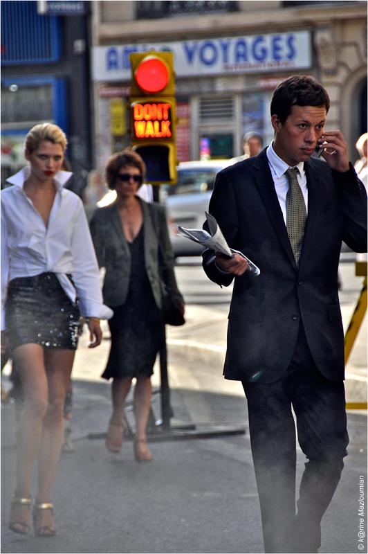 WALK - in Paris as if y⊙u were in NYC