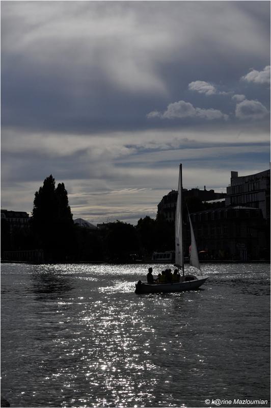 Sav⊙urer la fin de l'été à Paris-sur-Mer