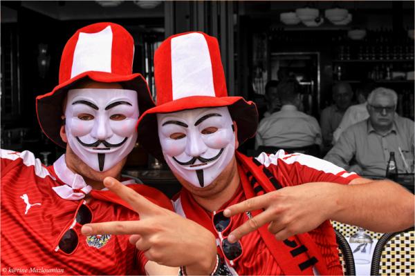 The Euro's Happy F⊙⊙ls & the Sceptic