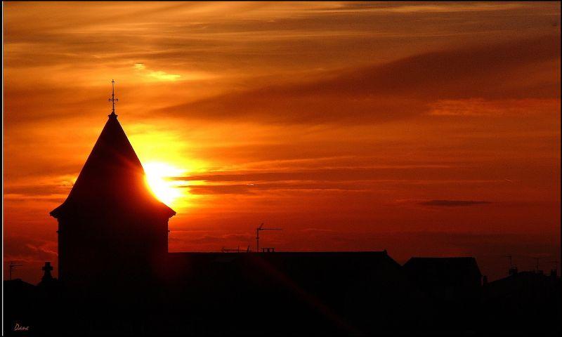 coucher de soleil tout près de chez moi.