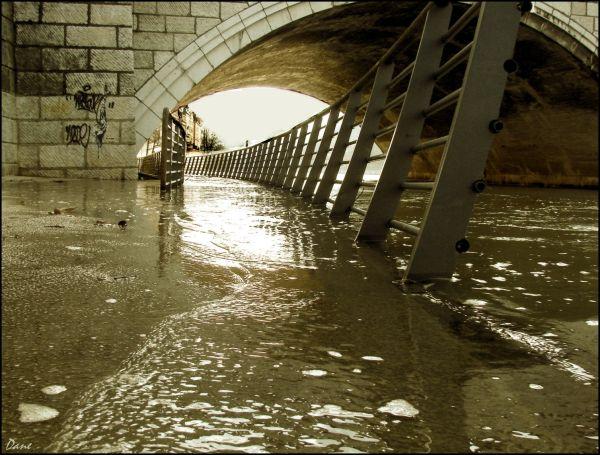 La Saône en crue à Lyon