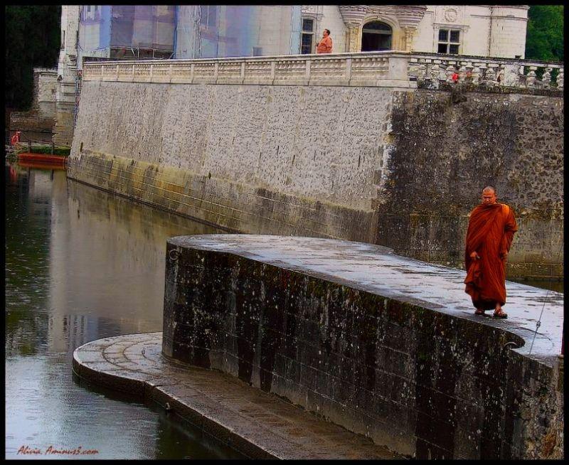Un moine à Chenonceau