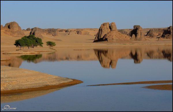 Mirage dans le désert..